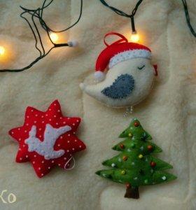 Елочные игрушки, шарики на елку