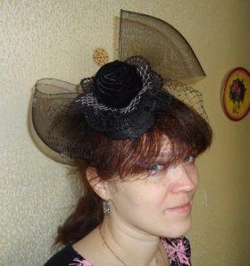 Мини-шляпка «Летучая мышь»
