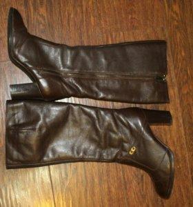 Сапоги женские кожаные зимние.