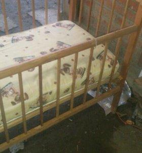 Кроватка сматрассом