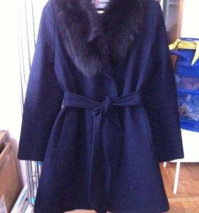 Пальто зимнее-осеннее