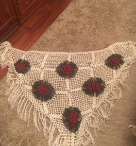 Шаль вязанная, платок