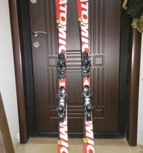 Горные лыжи atomic race 8