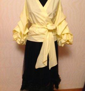 Комплект из блузы и юбки новые