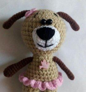 Вязаная игрушка собачка