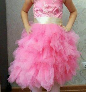 Пышное платье 5-6лет