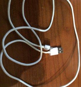 Зарядный кабель от iPhone 4s