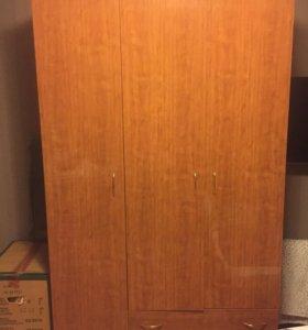 Шкаф в идеальном состоянии Шатура 3 створки