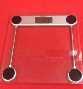 Электронные напольные весы Rolsen RSL1202