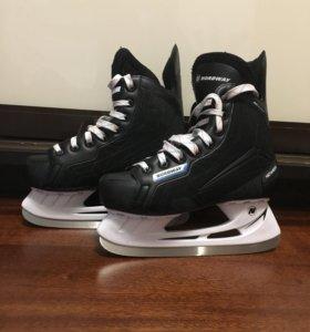 Коньки хоккейные детские 36 размер