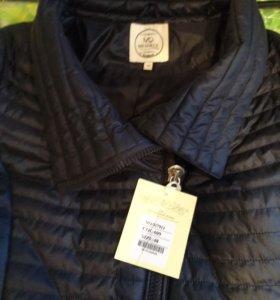 Куртка женская  фирменная Miegofce 48размер(новая)