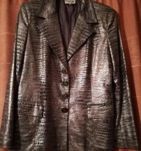 Праздничный Итальянский именной пиджак 50 размер