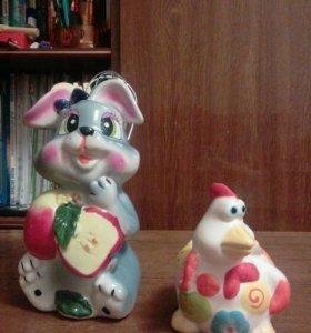 Кухонная посуда (заяц с приборами, курица для яиц
