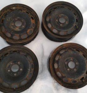 Штампованные диски на Ford Focus 2