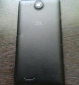 Продам 2 телефона на запчасти общая стоимость 1500