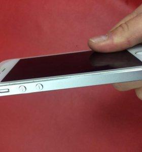 Продам iPhone 5s белый 16gb