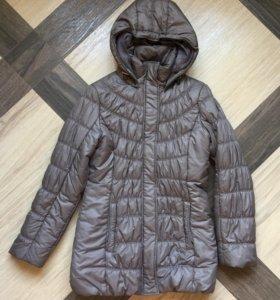 Продам новый куртка-пуховик Luhta S 42-44 размер