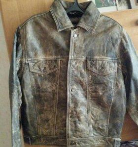 Куртка стильная ,кожа
