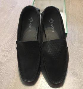 Новые мужские кожаные мокасины