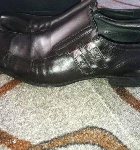Туфли мужские кожа.
