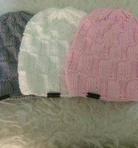 Вязаные шапочки в наличии