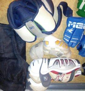 Хоккейная форма б/у 46-48 размера