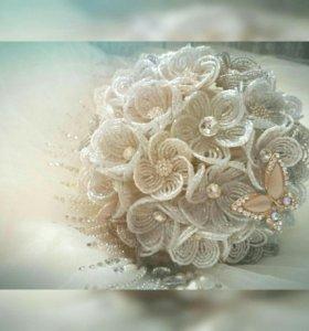 Свадебный букет из бисера.