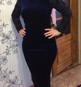 Платье темно синее бархатное