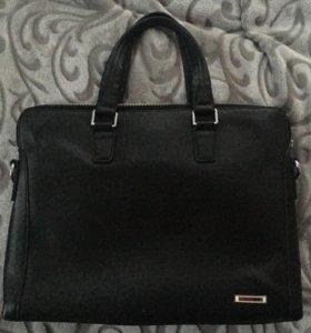 Портфель 💼 для ноутбука или просто деловая сумка.