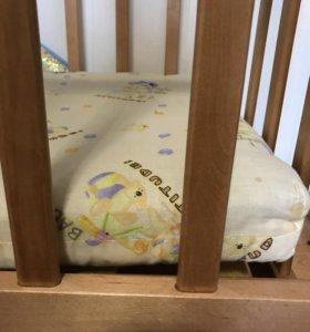 Кроватка с маятником
