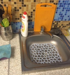 Раковина для кухни с смесителем