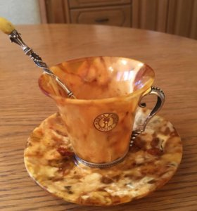 Кофейный набор из янтаря с серебряной отделкой