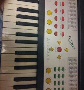 Музыкальное электронное пианино