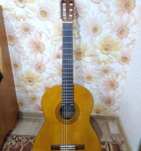 Гитара YAMAHA C40.