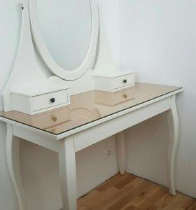 Макияжный стол Икеа Хемнэс