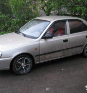 Hyundai Accent, 2004