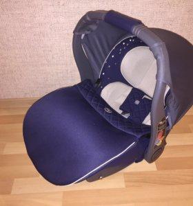 Автокресло детское-переноска Happy Baby Gelios V2