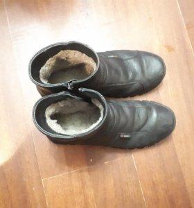 Коженные зимние ботинки