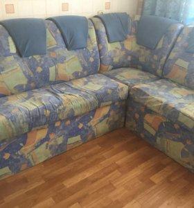 Диван угловой кухонный и кресло
