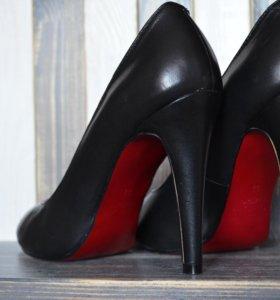 Кожаные туфли б/у