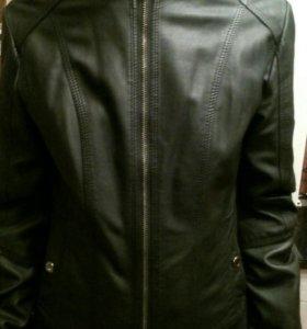 Продам куртку кожзам размер 40-42