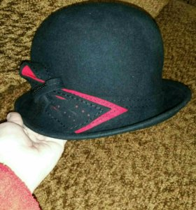 Шляпа новая.