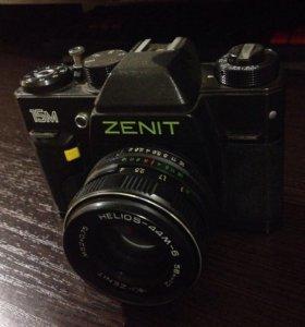 Раритетный фотоаппарат Зенит