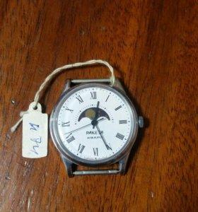 Часы ракета лунник
