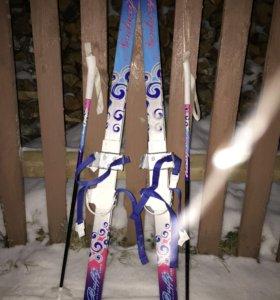 Продаю детские лыжи с палками NORDWAY