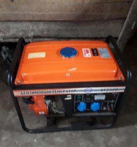 Бензиновый генератор  торг есть!