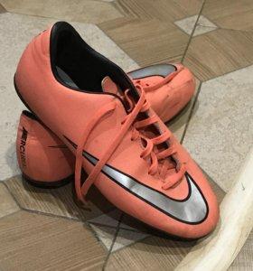 Бутсы футбольный Nike оригинальные