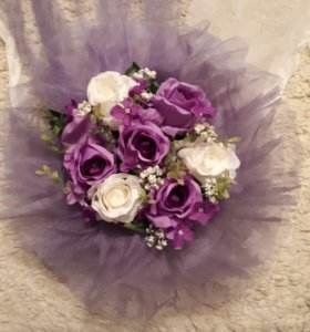 Свадебные украшения на 3 авто в фиолетовых цветах.