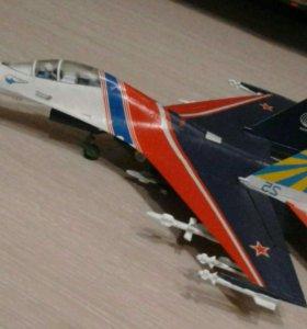 Сборные модели танков и самолётов