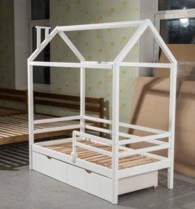 Кровать-домик из массива БЕРЁЗЫ
